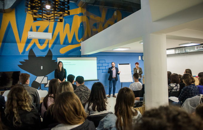 About 70 young people from all parts of Mostar had the opportunity to visit Sarajevo, the capital of Bosnia and Herzegovina for the first time, where they talked about the stigmatization and discrimination with the representatives of UNFPA and IOM.